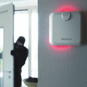 devolo Home Control Alarmsirene an Wand mit aktiver Sirene