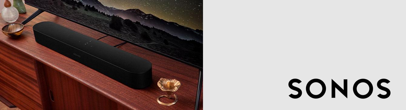 Sonos Logo mit Wohnzimmer im Hintergrund