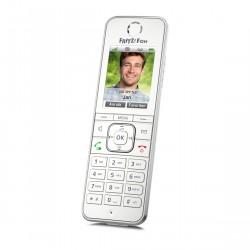 AVM FRITZ!Fon C6 schnurloses Telefon in schräger Ansicht