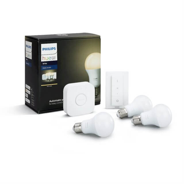 Philips Hue White Starter Kit E27 - 3 Lampen, Bridge + Dimmschalter in weiß vor Verpackung