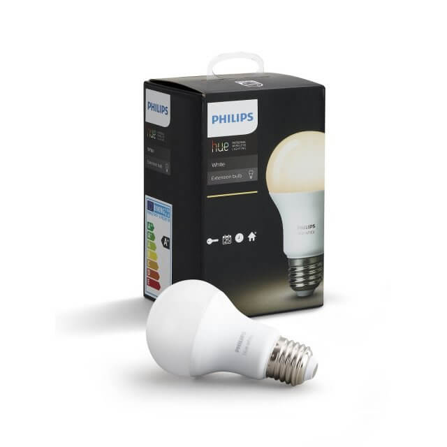 Philips Hue White E27 LED-Lampe vor Verpackung
