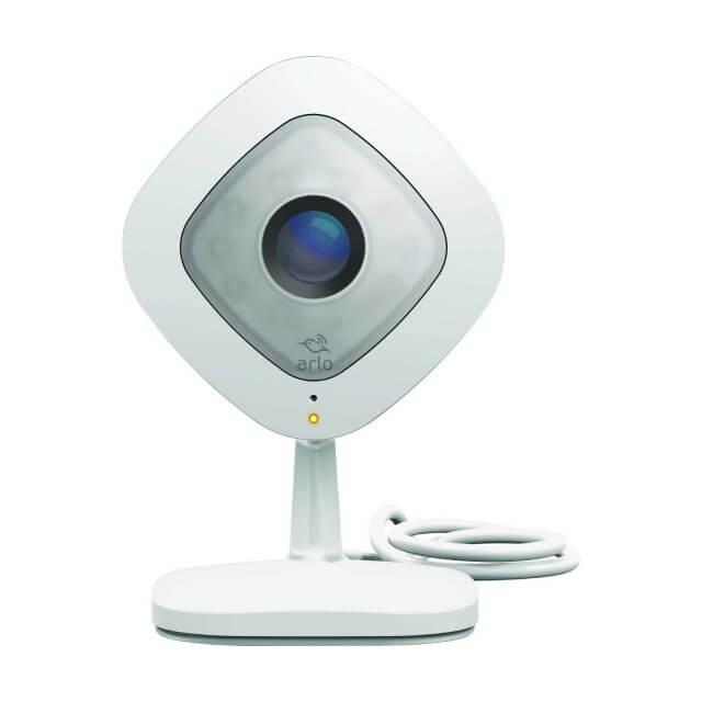 Netgear Arlo Q - 1080p-HD-Sicherheitskamera (VMC3040)