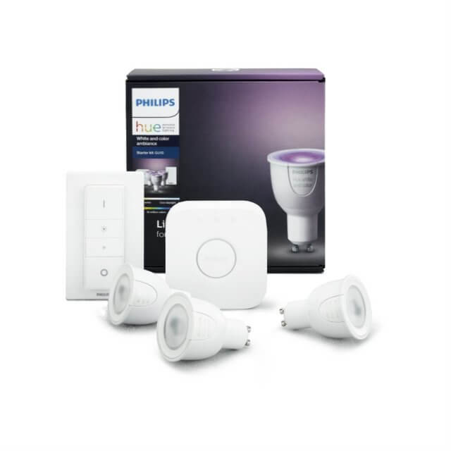 Philips Hue White and Color GU10 Starter Kit - 3 Lampen, Bridge + Dimmschalter vor Verpackung