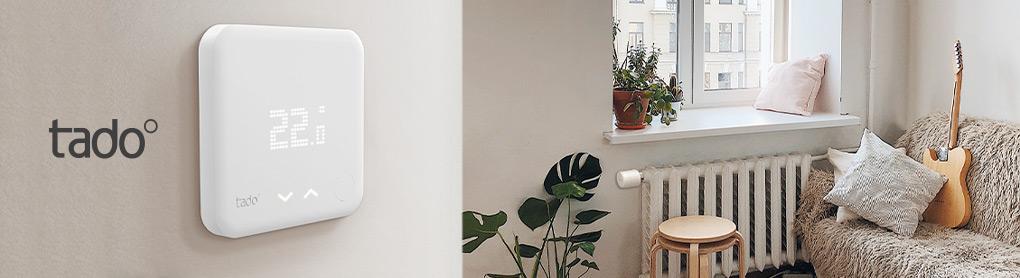Wohnung mit smartem tado° Heizkörperthermostat und tado° Logo