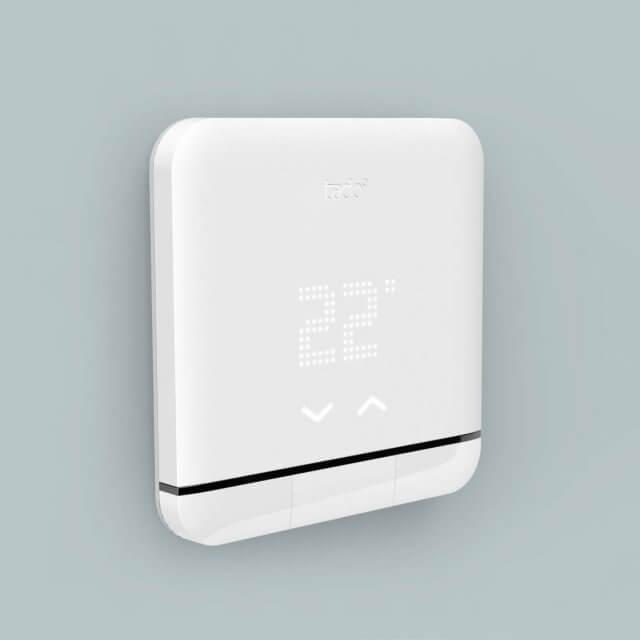 tado° Smart AC Control - smarte Klimasteuerung weiß Seitenansicht montiert