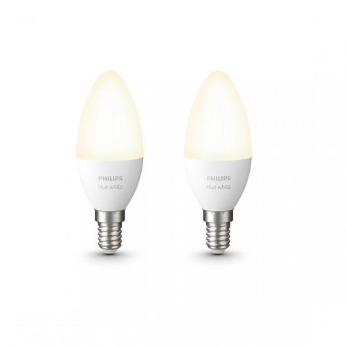 Philips Hue White E14 Bluetooth 2er Set - LED-Kerze eingeschaltet