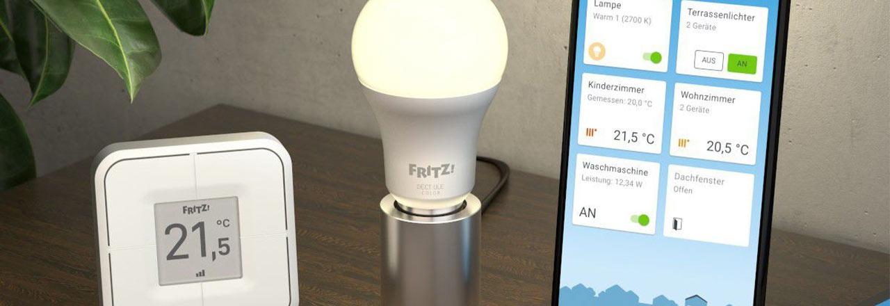 AVM Smart Home mit App, Lampe und Temperaturmessgerät