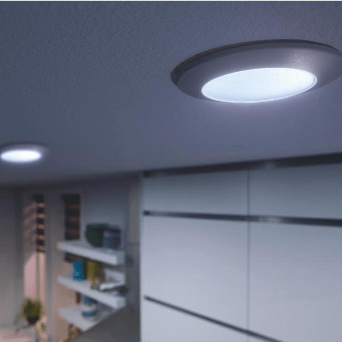 philips hue phoenix led spot 447lm lampen smarte leuchtmittel licht. Black Bedroom Furniture Sets. Home Design Ideas